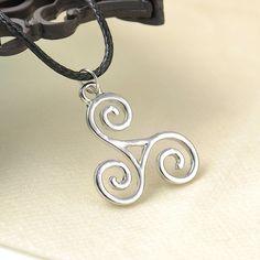 Teen Wolf necklace Triskele Triskelion Allison Argent Pendant Necklace Survey Corps Choker Necklace Free shipping