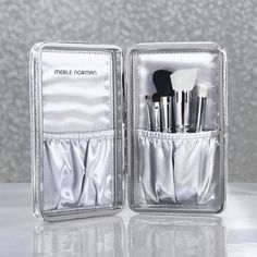 Ultra luxe Makeup Artistry Brushes in a sleek, silver clutch — what could be more chic? Head to your local #MerleNorman Studio to pick up this #limitededition Gift Set in time for the #holidays!