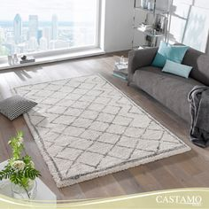 Açık renk ve desende halıları tercih ederek, odanızın daha geniş ve ferah görünmesini sağlayabilirsiniz. #halı #carpet #dekorasyon #oturmaodasi #dekorasyonfikirleri #decorationideas