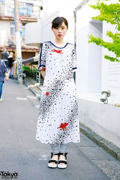 Ruko in Harajuku w/ Maxi Dress, Seashell Hair Pin & Sandals