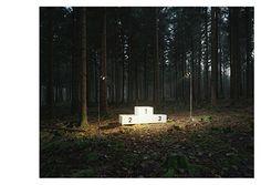 Grussformat postcard by Loan Nguyen. © the artist / Grussformat. www.grussformat.ch