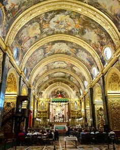 I just stopped and stood in a shock for a few seconds until someone behind wanted to pass by because I was standing in their way. I was stunned by all that gold colorful wall paintings and not least the floor that I couldn't move for a second. I hope you will one day see this beautiful church too. Valletta  Malta  #danishadventurer