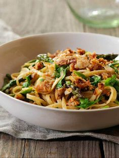 Recipe: Asparagus linguine with almond butter crisp