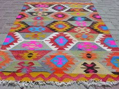 "VINTAGE Turkish Kilim / Area Rug Carpet, Handwoven Kilim Rug,Antique Kilim Rug,Decorative Kilim, Naturel Wool  39,3"" X 59,4"" on Etsy, $189.00"