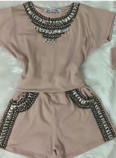Vogue Fashion, Fashion Pants, Diy Fashion, Fashion Outfits, Womens Fashion, Shirt Makeover, Skirt Outfits, Cool Outfits, Summer Outfits