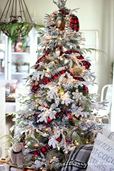 This tree is BEAUTIFUL!!!!! Craftberry Bush: A Farmhouse Christmas - Christmas hutch details and 8 tips to help you style the perfect hutch or vignette