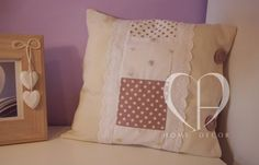 Linen, Cotton and embroidered lace vintage buttons to close the pillowcase washable separately size 38x38 cm.