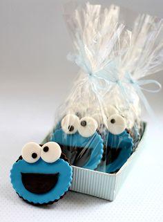 Cookie monster cookies by Simply Cupcake, via Flickr
