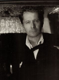 Gary Oldman - Very Underrated Actor - Brilliant indeed.