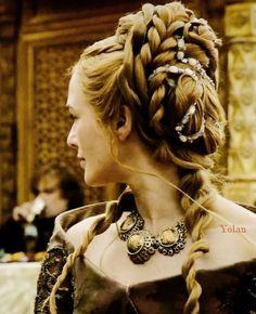 Cersei - Game of Thrones - Hair Game Of Thrones Cersei, Game Of Thrones Costumes, Cersei Lannister Aesthetic, Cercei Lannister, Queen Cersei, Cersei And Jaime, Viking Hair, Sansa Stark, Winter Is Here