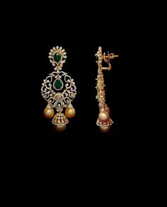 Gold Jewelry In Nepal Diamond Earrings Indian, Gold Jhumka Earrings, Indian Jewelry Earrings, Diamond Necklace Set, Gold Earrings Designs, Gold Jewellery Design, Big Earrings, Diamond Pendant, Diamond Jewelry