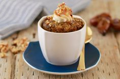 Microwave Sticky Toffee Pudding - Gemma's Bigger Bolder Baking 1 Minute Sticky Date Pudding In a Mug- Moist and decadent, this mug cake will blow your socks off AND it's make in minutes in the microwave Sticky Toffee Pudding, Sticky Toffee Cake, Butterscotch Pudding, Microwave Mug Recipes, Mug Cake Microwave, Microwave Meals, Microwave Baking, Pudding Recipes, Cake Recipes