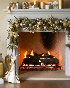 Christmas Fireplace Decoration Ideas - Christmas Fireplace Decoration Ideas The Effective Pictures We Offer You A - Christmas Fireplace Garland, Christmas Mantels, Christmas Home, Minimal Christmas, Simple Christmas, Merry Christmas, Red And Gold Christmas Tree, Silver Christmas Decorations, Beautiful Christmas