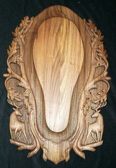 Carved Mounting Panels & Plaques – Elen Importing & Designs By Luca, Inc. Antler Mount, Antler Art, Deer Skulls, Carved Skulls, Antler Lights, European Mount, Wood Carving Patterns, Carving Wood, Wood Bookends