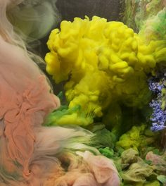 Kim Keever With a 200 gallon aquarium, water, paint and ink as his medium, Kim Keever creates underwater art for his series Abstract Images. It's not the first time we've been wowed by this kind of abstract art, however Kim's experimental randomness makes his work especially mesmerizing and uniquely fascinating.