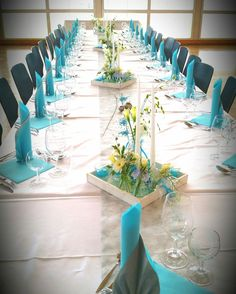 Table decoration in turquoise / white - decoration - Table decoration in turquoise / white – – White Wedding Decorations, Centerpiece Decorations, Party Centerpieces, Decoration Table, Reception Decorations, Tiffany Blue Weddings, Tiffany Wedding, Wedding Pics, Wedding Table