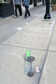 The importance of an uplifting perspective in al-fresco dining #streetart #anamorphosis / David Zinn