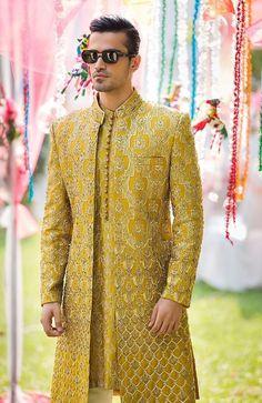 Sherwani For Men Wedding, Wedding Dresses Men Indian, Wedding Dress Men, Wedding Outfits For Men, Mens Sherwani, Kurta Men, Sherwani Groom, Boys Kurta, Punjabi Wedding