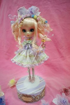 Pretty angelic lolita doll blythe