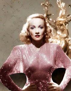 Marlene Dietrich on Flickr.Marlene Dietrich