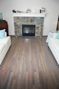 Most Design Ideas Gray Traditional Living Room Elegant Gray Living Room Pictures, And Inspiration – Modern House Red Oak Floors, Grey Wood Floors, Hardwood Floors, Best Flooring, Diy Flooring, Garage Flooring, Flooring Ideas, Elegant Living Room, Living Room Grey