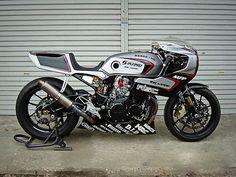 ZERO-2 RACER CBX400F - RocketGarage - Cafe Racer Magazine