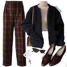 Streetwear Mode, Streetwear Fashion, Fashion Moda, Ootd Fashion, Fashion Pants, Dark Fashion, Fashion Outfits, Fashion Ideas, Vogue Fashion