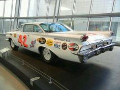 Olds Vintage Stock Car Nascar Race Cars, Old Race Cars, Old Cars, General Motors, Race In America, Daytona 500, Automobile, Grand National, Vintage Race Car