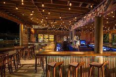 Remember it as not so fancy in the World Famous Tiki Bar Islamorada, Florida Keys Postcard Inn Beach Resort & Marina Tiki Restaurant, Restaurant Design, Restaurant Ideas, Pool Bar, Patio Bar, Islamorada Florida, Bar Deco, Postcard Inn, Restaurant Patio
