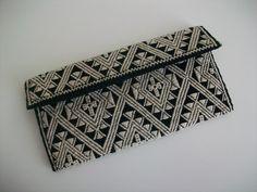 Hochwertig handgefertigtes Portemonnaies Chamuchic Maya  Mit Reißverschluss  Hergestellt in Mexiko, handgewebt, handgestickt, handgenäht.