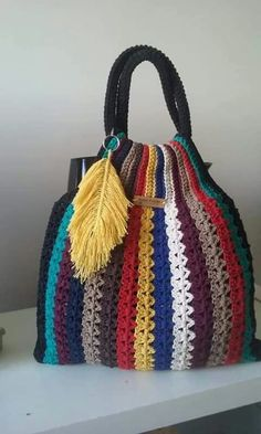 Unfortunately I don't have the recipe for this bag 😔 - Tasche Ideen Free Crochet Bag, Crochet Tote, Crochet Handbags, Crochet Purses, Crochet Gifts, Crochet Stitches, Crochet Baby, Knit Crochet, Crochet Designs