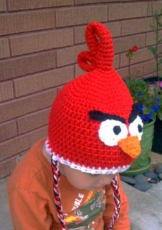 Red Angry Bird I am so making this, and I think I can do it all, except maybe the very top without a pattern!!
