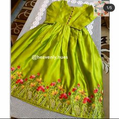 Indian Dress Up, Party Wear Indian Dresses, Pakistani Fashion Party Wear, Designer Party Wear Dresses, Pakistani Wedding Outfits, Kurti Designs Party Wear, Stylish Dress Designs, Dress Neck Designs, Designs For Dresses