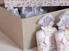 PROMOÇÃO: 50 lembrancinhas + caixa