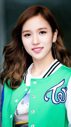 Dispatch shares extreme HD photos of TWICE Kpop Girl Groups, Korean Girl Groups, Kpop Girls, Sana Momo, Myoui Mina, Twice Kpop, Japanese American, Asia Girl, Popular Music