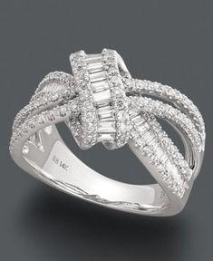 Idée et inspiration Bague Diamant : Image Description Effy Collection Diamond Ring, 14k White Gold Diamond Loop Ring