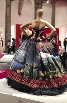 Russia Strapless Dress Formal, Formal Dresses, Wedding Dresses, Vestido Charro, Mexican Art, Quinceanera, Pageant, Ball Gowns, Mexico