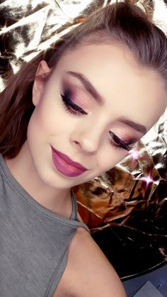 I invite you to makeup! New Year's Eve makeup, occasional, photographic, Make up no Make up and whatever you want :) New Years Eve Makeup, Smokey Eye, Hair Makeup, Eyes, Invite, Artist, How To Make, Wedding, Beauty