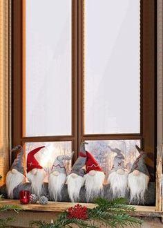 Paraspifferi Gnomi Christmas Decor Pinterest Christmas Gnome
