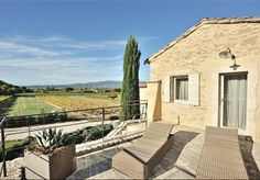 "Refurbished ""mas"" in Oppede, near Menerbes & Bonnieux in the North Luberon. Views of Mont Ventoux."