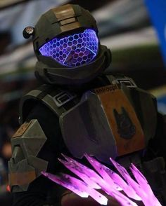 Anyone looking for Halo ODST armors? Im finally opening commission slot for them. Check my etsy Halo Cosplay, Cosplay Armor, Best Cosplay, Cosplay Costumes, Cosplay Ideas, Kit Games, Geek Games, Halo Game, Halo 3
