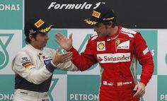 """GP Malasia: El primero, Fernando Alonso, y un gran """"Checo"""" Pérez en la segunda posición. Hamilton fue tercero."""