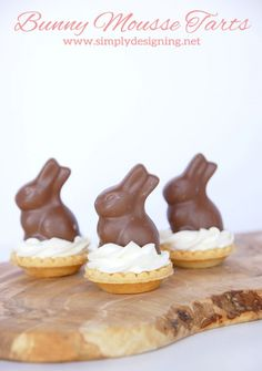 Bunny Mousse Tarts + 20 More Bunny Ideas for Easter | These are so simple to make but taste incredible!  Perfect for an Easter or Spring time Dessert!  | #easter #bunny #recipe #easterrecipe