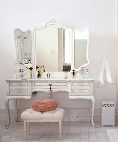makeup station-ive always wanted a vanity!