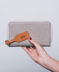 Block Wallet in Grey