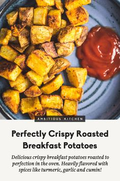 Delicious crispy breakfast potatoes roasted to perfection in the oven. Heavily flavored with spices like turmeric, garlic and cumin. Wonderful served with eggs, avocado, sausage or bacon! Easter Dinner Recipes, Brunch Recipes, Breakfast Recipes, Bacon Breakfast, Breakfast Ideas, Potato Recipes, Vegan Recipes, Diet Recipes, Delicious Recipes