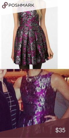 BB Dakota floral purple dress Beautiful dress. Purple gray pattern. Size 0 BB Dakota Dresses