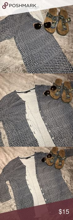 Navy/Gray Chevron Cardigan Light weight. 3/4 Sleeves. Navy and Gray Chevron pattern. Excellent condition. Maurices Tops