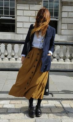 London Fashion Week Street Style — Spring 2013 Edition - Long skirt outfits for fall - London Fashion Week Street Style, Printemps Street Style, Spring Street Style, Street Chic, London Street, Street Mall, Style Summer, Look Fashion, Trendy Fashion