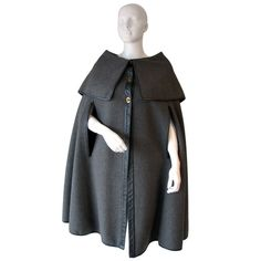 Bonnie Cashin for Sills designed cape, made of a grey wool edged in black leather. Vintage Outfits, Vintage Fashion, Vintage Clothing, Vintage Coat, Vintage Style, Bonnie Cashin, Cool Coats, Capes, Fashion History